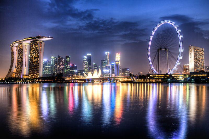 Marina Bay Skyline Singapore